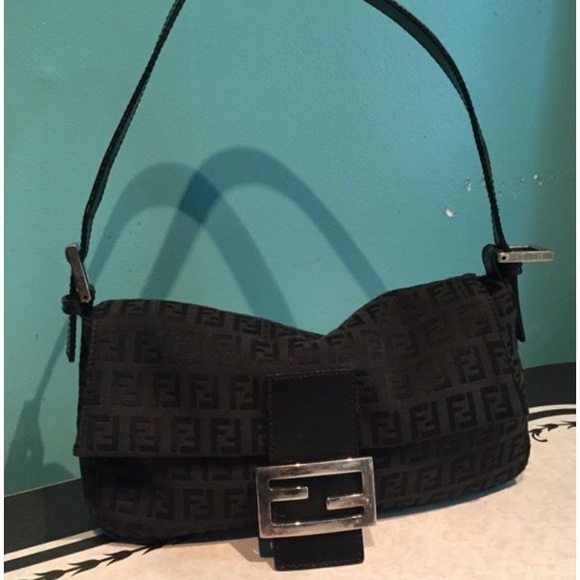 3be439e3c8 discount code for fendi black baguette bag 06297 e29d5